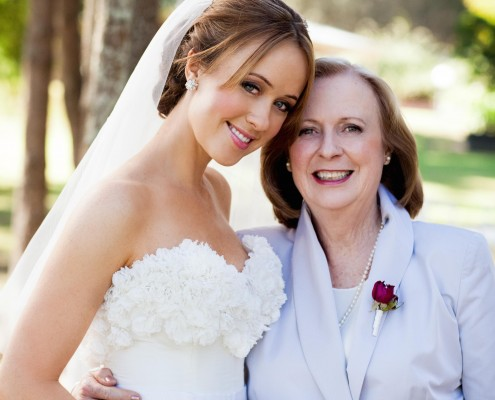Hunter Valley Wedding Hair and Makeup for Lizzy Lovette 2011